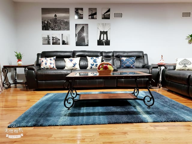 Spacious & comfy cozy home near New York and EWR