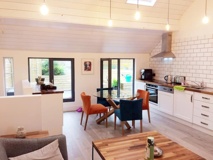 Luxury Loft Apartment with Stunning Roof Garden