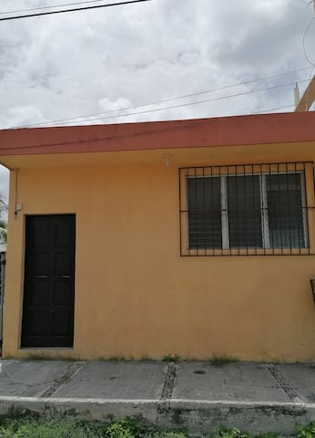Comfortable Apartment 2 blocks from the malecon