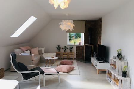 Wunderschöne Wohnung auf 2 Ebenen mit Schwedenofen