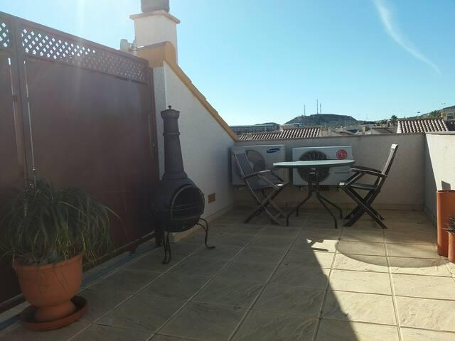 Solarium, terrasse sur le toit. Solarium, roof terrace.