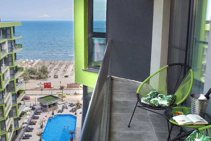 Serenity by the Sea Alezzi Apt Spa n Pool resort
