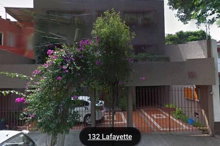 Cómoda/Amplia habitación en Anzures - Ciudad de México - Bed & Breakfast