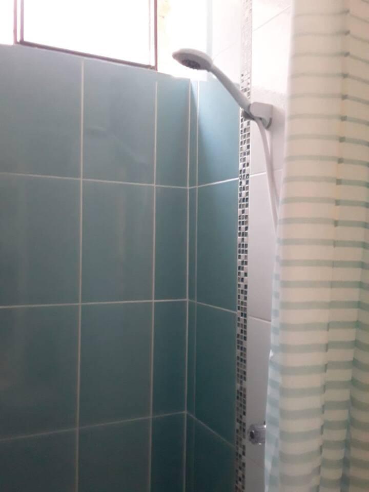 Habitacion con baño en zona tranquila de Huaral