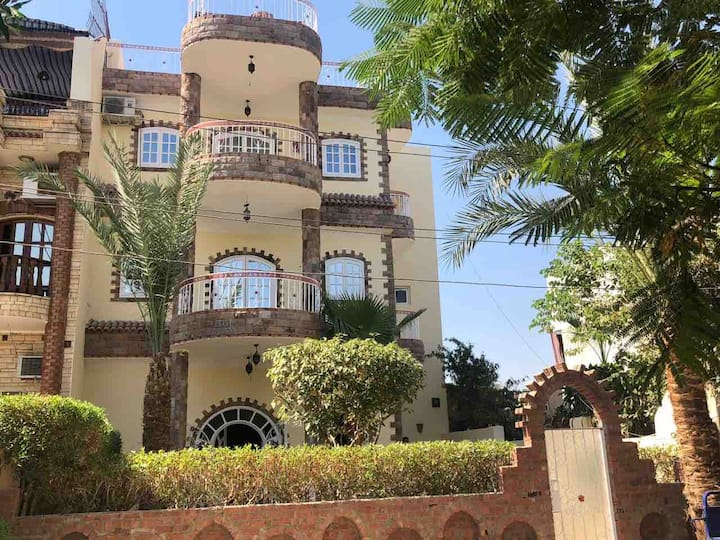 Full Moon House Nile River Apartment (2)