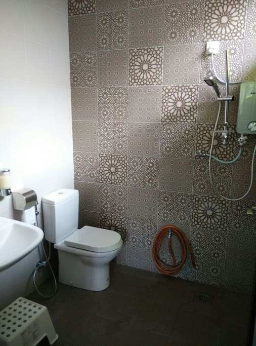 Shared bathroom for guests
