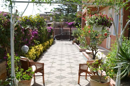 B&B Villa 5 min from Temples 150 meters from sea - Agrigento - Bed & Breakfast