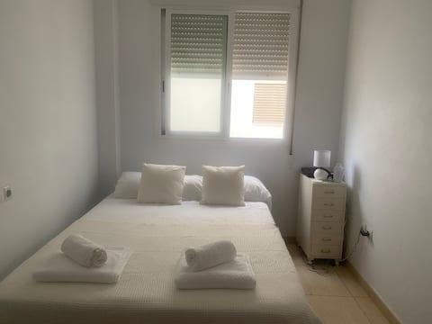 Habitación privada en el centro de Ibiza