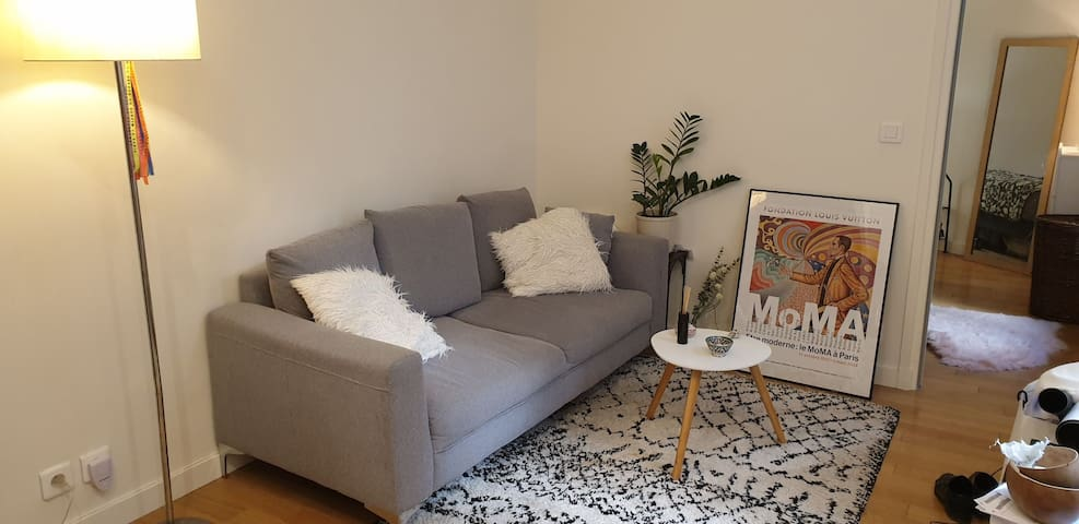 Cosy appartment 20min walk from Arc de Triomphe