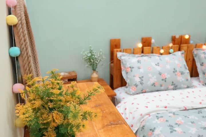 Lovely small room in center of HCMC