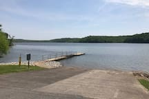 One of the MANY free local boat launches in the area.  This one is at Dyer's Creek.