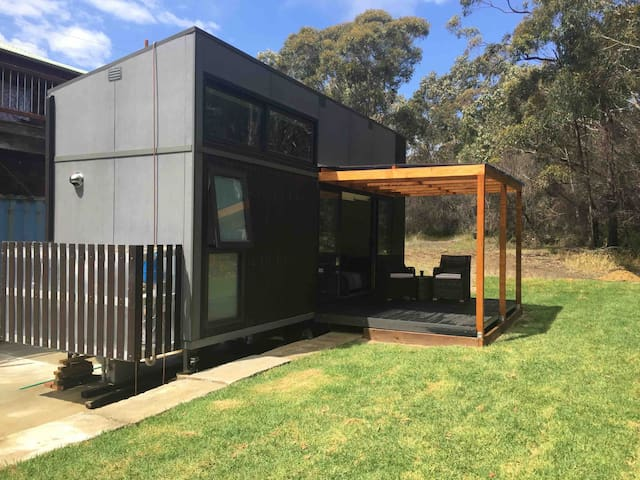 TopStay Accommodation A Tiny Home with  bush views