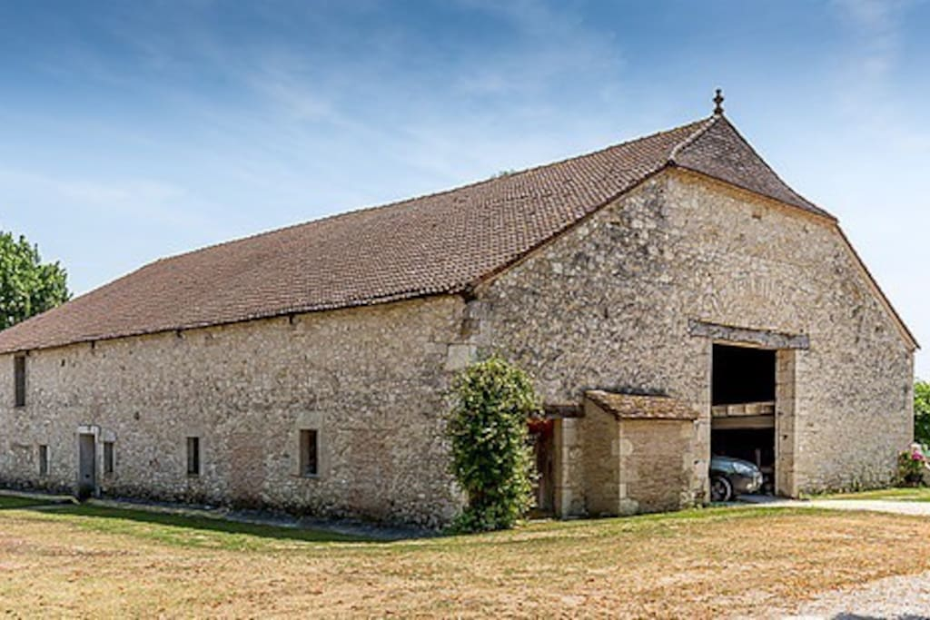 The barn in which the gîte is located
