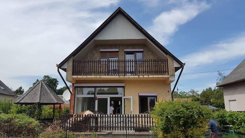 BAZSA House Fonyód - Fonyód - Hus