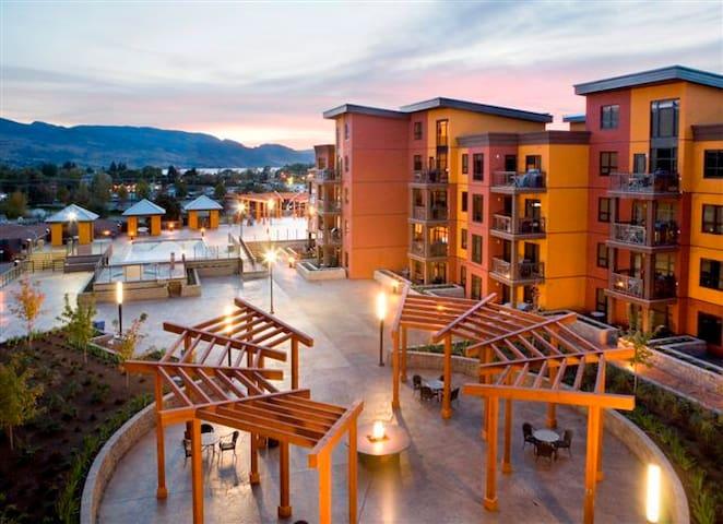 Playa del Sol   3 bedroom penthouse condo