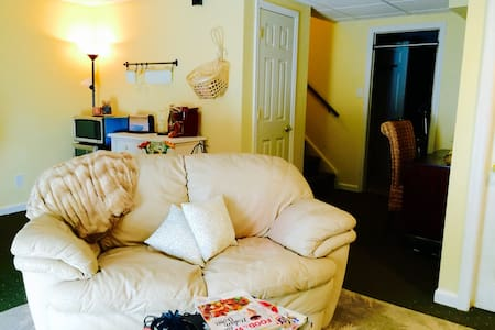 Cozy Comfy Suite - Glen Mills