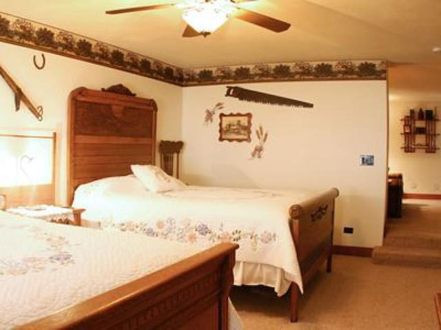 The Country Suite