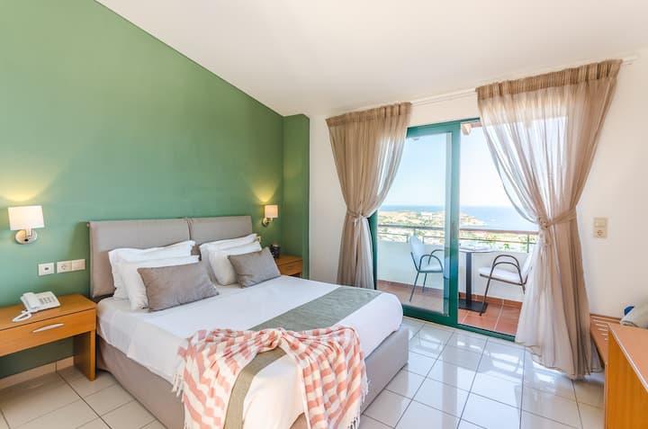 Economy Double Room | Sea View [20 m²]