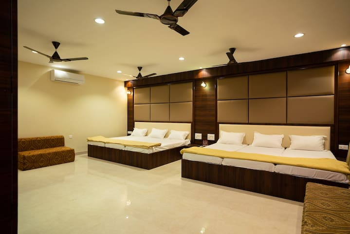 Srinamo Rooms - Luxury Room 5