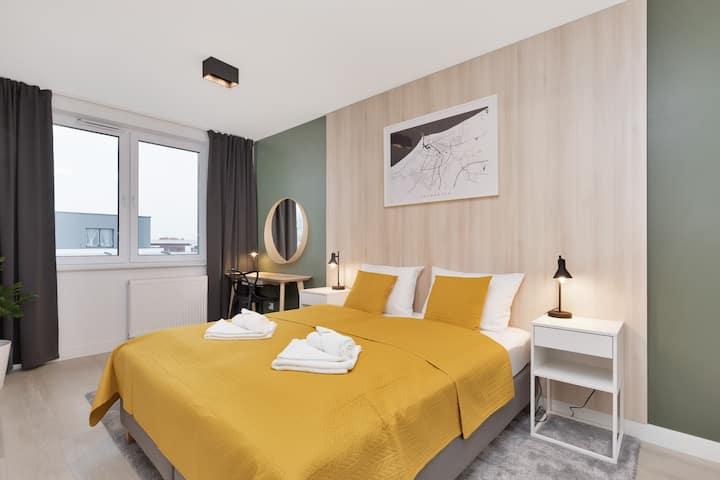 Apartment Platany A43 | Bedroom, Balcony