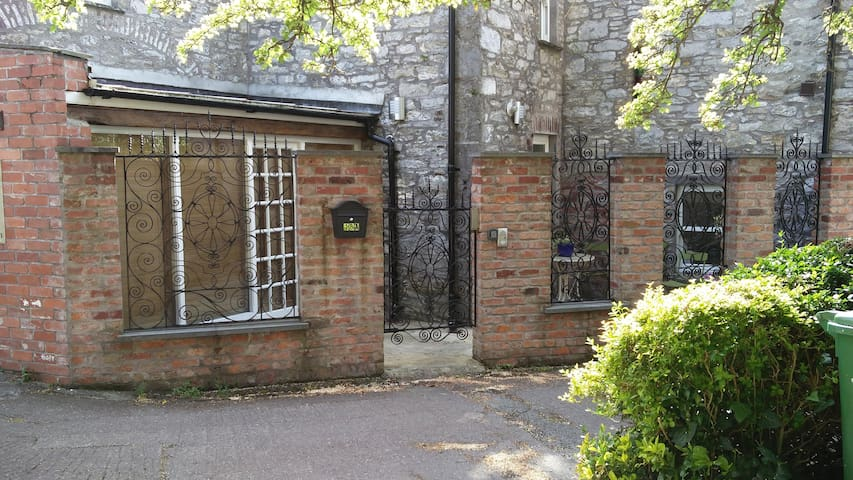 Historic Hideaway in Cork City Centre