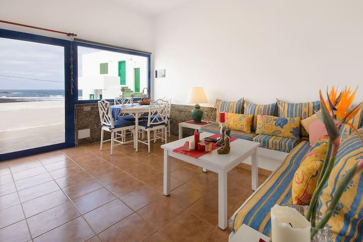 Vacation Apartment on the Beach with Wi-Fi, Patio & Magnificent View