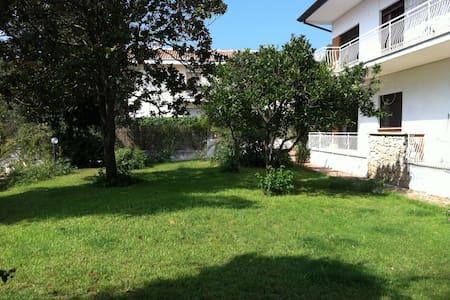 Appartamento in villa - Sabaudia