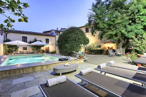 Vila privata in Chianti intre Florenta/Siena