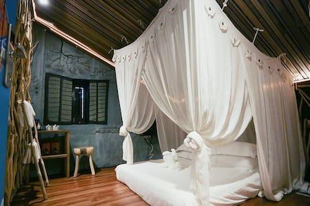 The Happy 8 Retreat @ Old Town Ipoh - Ipoh - Bed & Breakfast