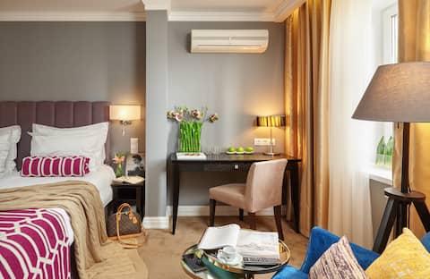 Уютный двухместный номер в отеле Easy Room