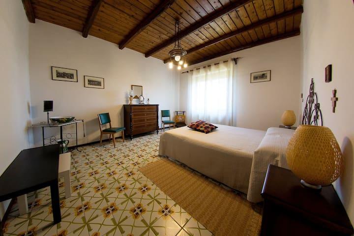 EtnaFamilyHouse - Villa alle pendici dell'Etna