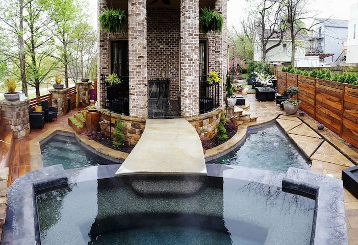 Lux Atlanta Beltline with Private Heated Pool