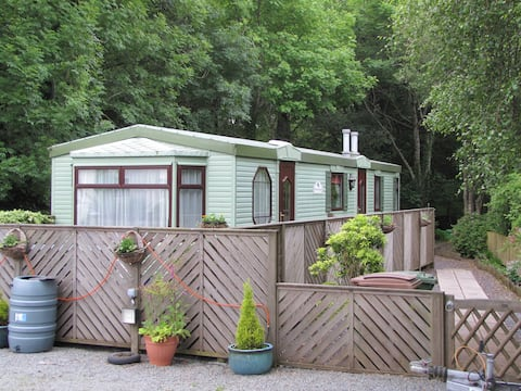 Arosfa, cosy caravan on the doorstep of Snowdonia