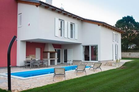 Villa Franka / 3 Bedrooms V1 - Bale - Villa