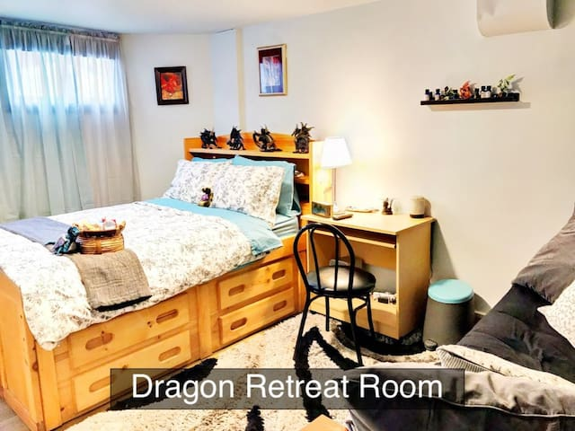 Dragon Retreat Rm★15min->SLC★Private Entry★Brkfst