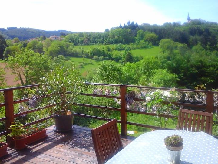Charmante maison au vert,Beaujolais