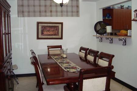 Se Alquila Casa en Residencial Vía Diana - Tres Rios - Talo
