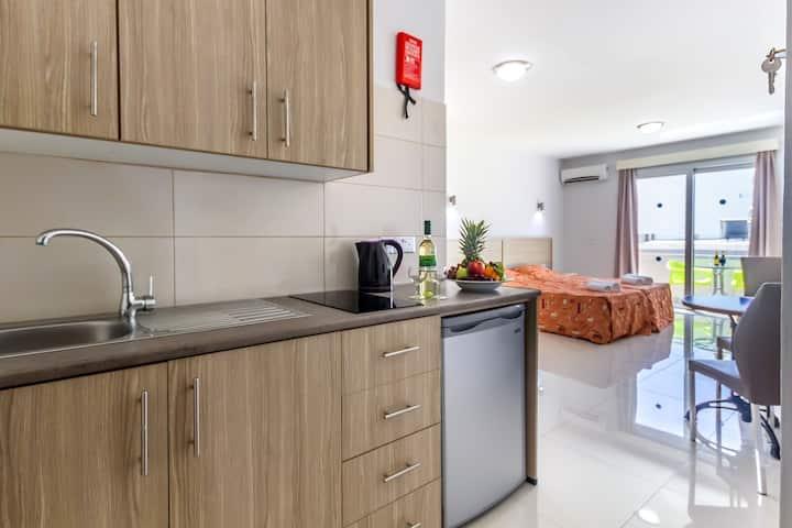 Paul Marie Hotel Apartments Superior Studio 220