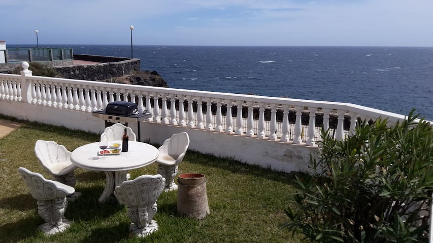 Dolphins viewpoint!!! Garden+wifi+bbq+pool - Arona - House