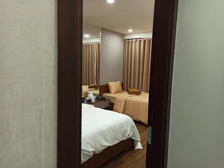 yeom's room (41st floor with nice view)