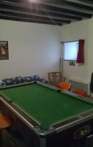 Chambre privée - Oye-et-Pallet - Yatakhane