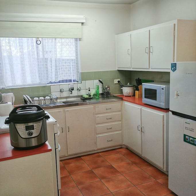 Well-equipped kitchen to bring out the hidden chef in you