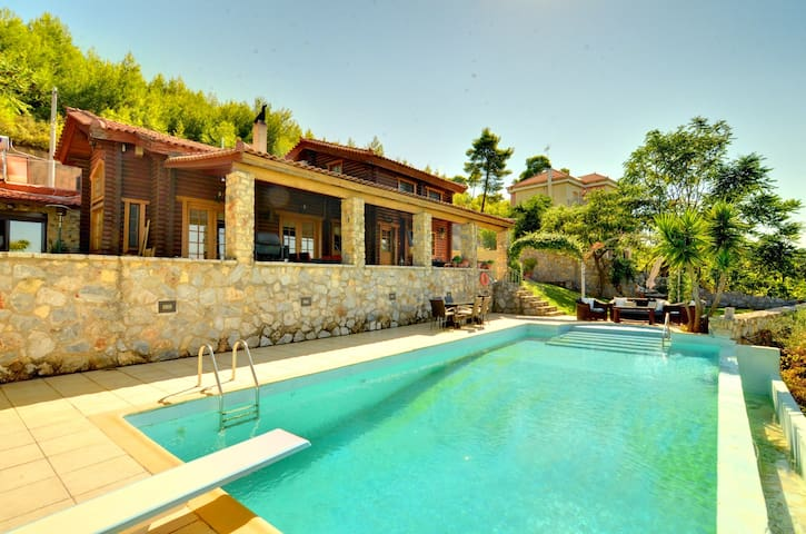 Villa Marrone,Splendid Seaview