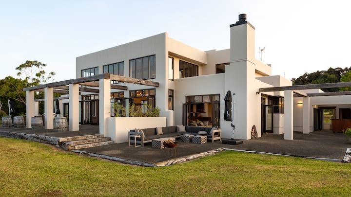 Matakana Estate Lodge