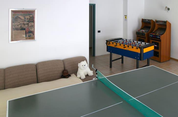 "Wonderful Suite ""Vioz"" in Residence in Pejo - Cogolo, Peio - Apartment"