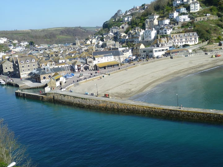 9 Rock Towers-Looe-beach view apartment