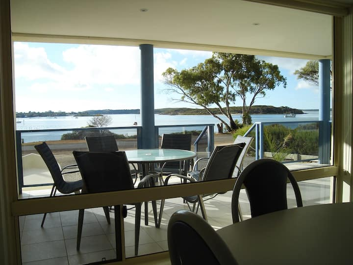 Ambience Apartments Coffin Bay Apartment 1