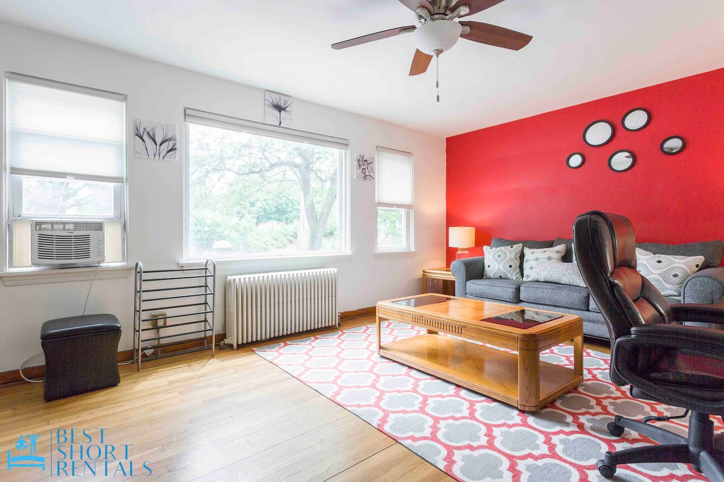 Modern Style Living Room Area with Unlimited Access to fast WiFi. Netflix, Amazon Video, and YouTube TV for all Live feed. Full of lights with playground garden view.
