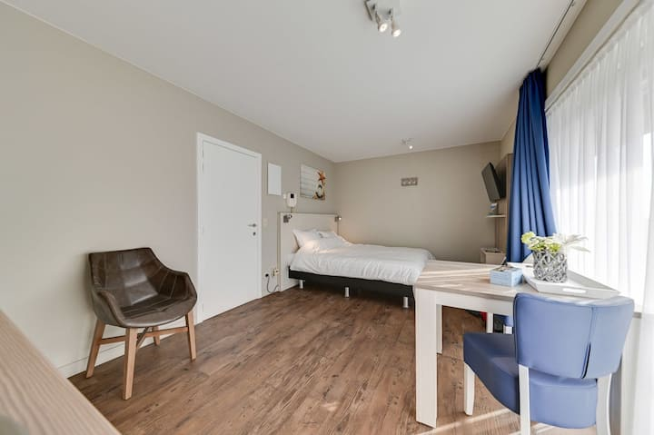 Studio for 2 people with double bed