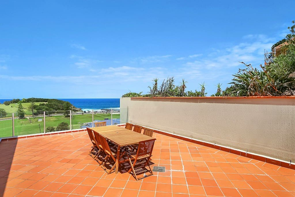 Upstairs entertaining area with views over The Haven and Terrigal